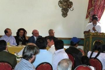 Empresarios privados enojan a Evo en un almuerzo en Sucre