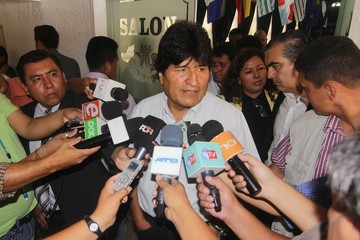 Presidente expresa solidaridad con familias de fallecidos de El Alto y pide dar con culpables