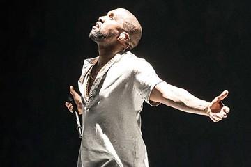 Kanye West presenta su colección de ropa durante el estreno de su nuevo disco