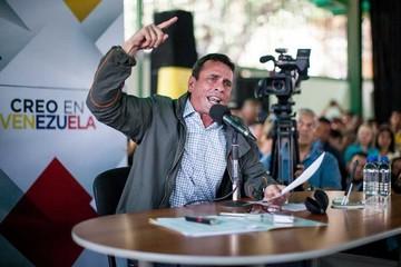 Capriles promueve referéndum para revocar a Maduro