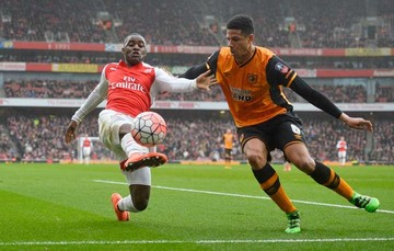 "Arsenal no pasa del empate con Hull y jugará el ""replay"""
