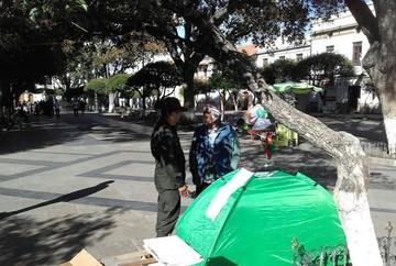 Sucre: Intentan levantar huelga de hambre