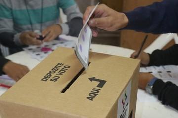 Sucre: Aprehenden a persona por votar dos veces