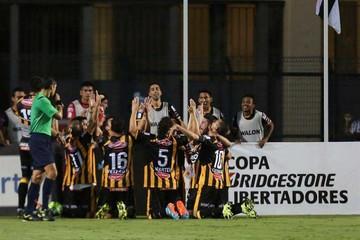 Tigre juega al estilo de Soria