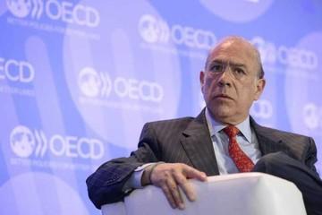 OCDE rebaja previsión de crecimiento y pide nueva estrategia fiscal