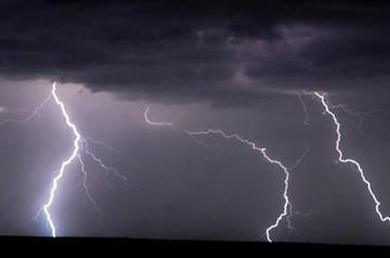 Chuquisaca: Una maestra del área rural muere tras recibir descarga de un rayo