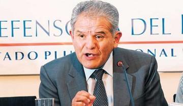 Defensor demanda a políticos cesar intentos de división