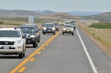 Potosí estrena la moderna carretera Uyuni-Condo K