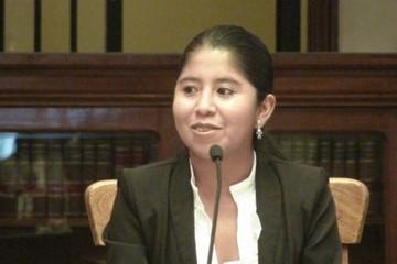 Aprehenden a Cristina Choque, ex funcionaria de Gobierno y amiga de Gabriela Zapata