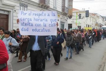 Sancionarán a los maestros por acatar paro de 24 horas