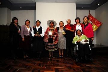 La Defensoría del Pueblo reconoce a 12 mujeres por su lucha y trayectoria