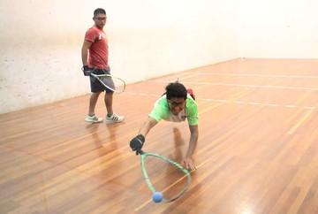 Raquet: Torneo avanza