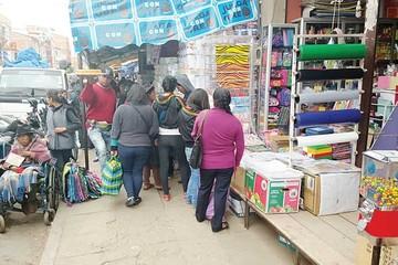 Dueños de tiendas también deberán despejar las aceras