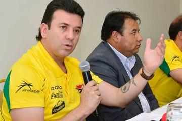Una selección reducida inicia trabajo en La Paz