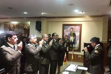 Comandante Téllez posesiona nuevo Alto Mando Policial