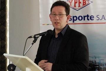 Gerente General YPFB Transporte removido por supuesta corrupción