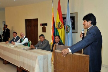 Morales pidió  a Infantino un torneo mundial