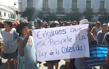 Sucre: Vendedores piden reordenamiento de calles y reconstrucción del mercado Campesino
