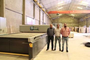 El grupo Venecia abrirá en Sucre una fábrica de vidrio templado