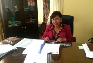 Carmen Vargas deja la Dirección Departamental de Educación y asume Esther Achá
