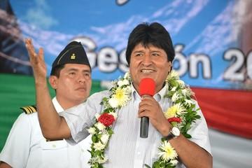 """Morales revela que EEUU envió 12 expertos en redes sociales para que el """"No"""" gane el referéndum"""