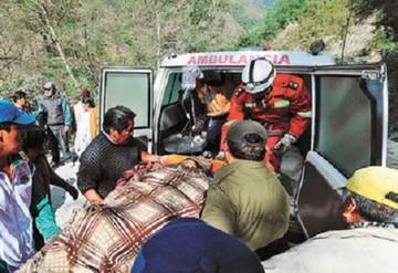 Dos policías de la FELCN mueren al embarrancarse un vehículo