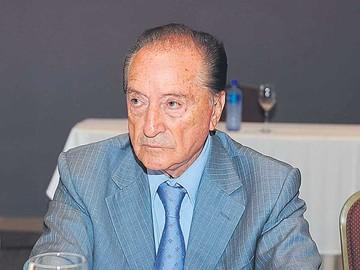 Eugenio Figueredo hospitalizado por  un tumor de próstata
