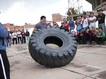 Rodríguez impone potencia y experiencia