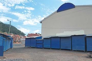 Instalan casetas y desordenan el mercado Morales