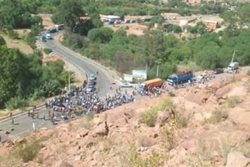 Policías dejan Camargo tras amenazas de muerte