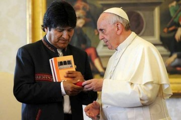 Evo analizará con el Papa temas que generaron polémica con la Iglesia