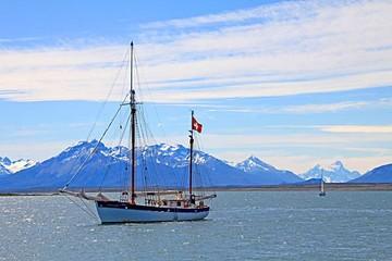 Expedición náutica reedita la travesía de Magallanes
