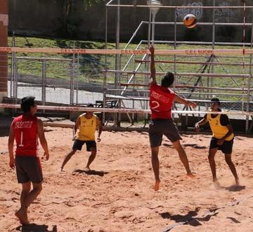 Sucre concluye selectivo local de voleibol de playa