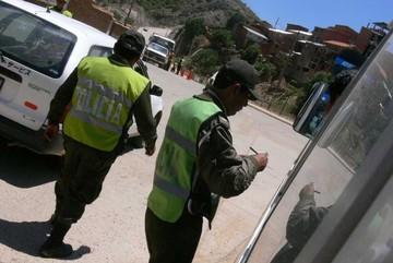 Tránsito suspende licencias a 40 conductores ebrios