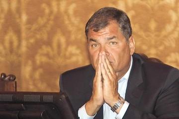 Ecuador subirá impuestos para pagar reconstrucción