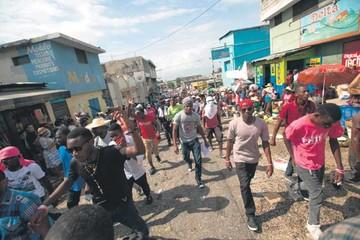 Piden la dimisión del Presidente interino de Haití