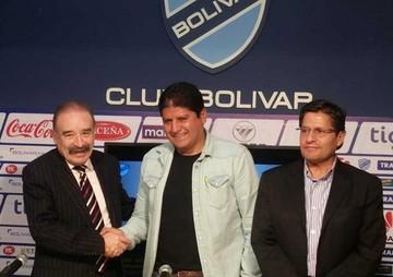 Bolívar consuma la salida de Insúa y elige a Villegas