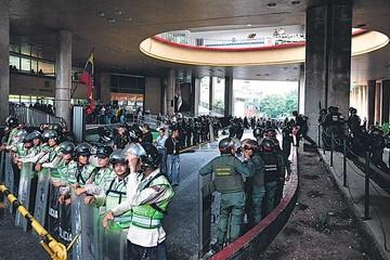 Venezuela: Comienza el revocatorio de Maduro