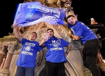 Leicester se corona campeón inédito de la Premier