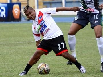 Nacional Potosí vence por 2-1 a Ciclón en Tarija y aún respira en la Liga