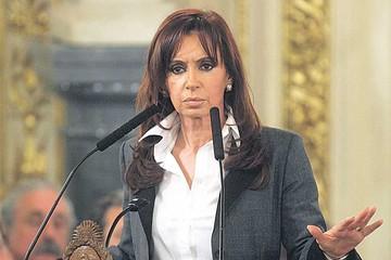 Piden una investigación para Cristina Fernández