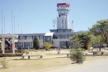 Cierre de terminal aérea afecta a vecinos del lugar