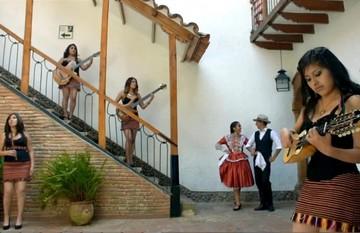 """El grupo femenino Sisay Bolivia le dedica a Sucre la cueca """"Ciudad Blanca"""""""