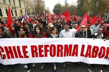 Sindicatos chilenos reafirman llamado a paro nacional para este martes