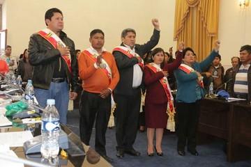 Sánchez asume y tiene el respaldo de Urquizu