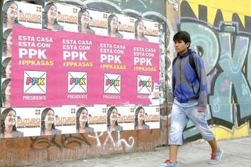 Peruanos eligen entre Fujimori y Kuczynski en estrecho margen