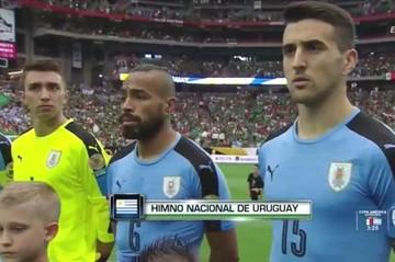"""Uruguay considera que confusión de himno fue error """"grotesco"""" y un """"agravio"""""""