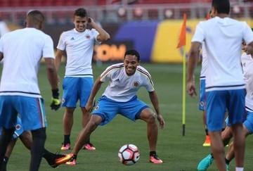 Colombia va por pase a segunda ronda