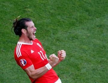 Gales hace historia