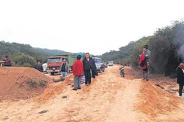 Se cumple primer día de bloqueo en Muyupampa